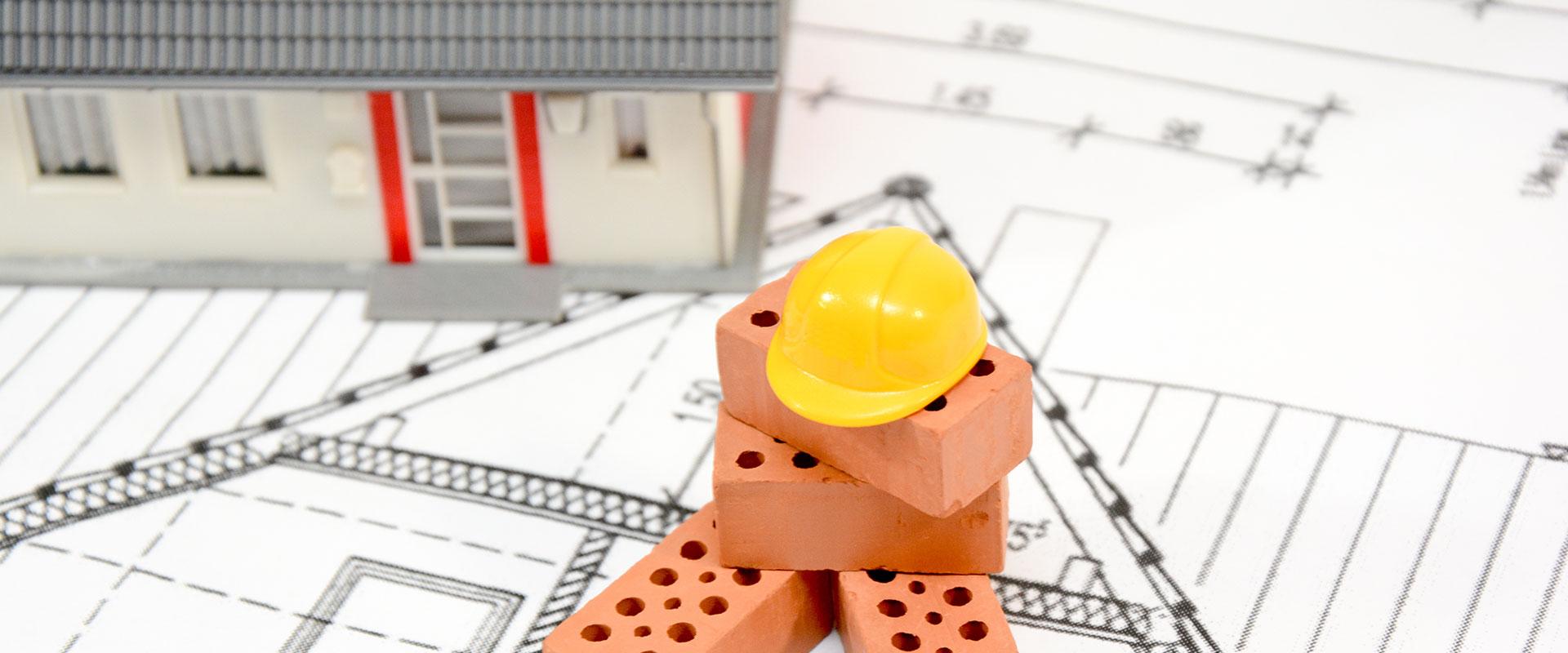Abbildung Modellhaus und Helm